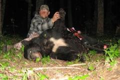 Chris Blaskowski 2014 Idaho Black Bear using traditional bow